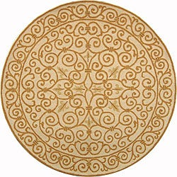 Hand-hooked Iron Gate Ivory/ Gold Wool Rug (5'6 Round)