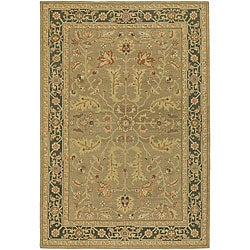 Hand-knotted Mandara Green/ Gold Wool Rug (7'9 Round)
