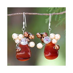 Sterling Silver Agate/ FW Pearl 'Elixir' Earrings (Thailand)
