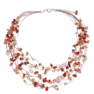 Handcrafted Silverplated Warm Shower Pearl/ Carnelian Beaded Necklace (Thailand)