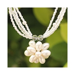 Steel 'Paradise Flower' Pearl Flower Necklace (Thailand)