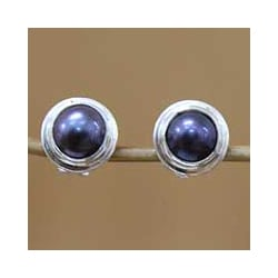 Sterling Silver 'Purple Moon' Pearl Stud Earrings (Indonesia)