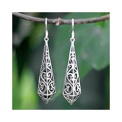 Sterling Silver 'Graceful Buds' Dangle Earrings (Thailand)