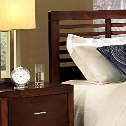 Ferris 4-piece Queen Bedroom Furniture Set