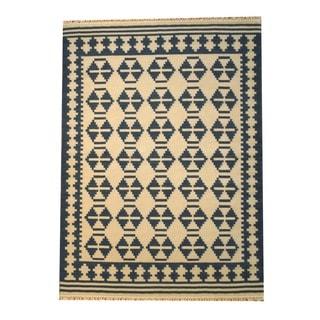 Indo Kilim Ivory/ Navy Rug (5'6 x 7'11)