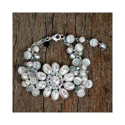 Silver Pearl 'Snow Blossom' Floral Bracelet (3-8 mm) (Thailand)