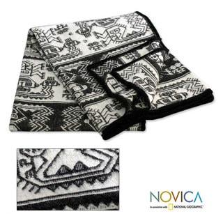 'Paracas Monochrome' Alpaca Wool Blanket (Peru)
