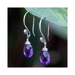 Sterling Silver Amethyst 'Subtle' Dangle Earrings (Thailand)