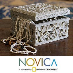 Soapstone 'White Ivy' Jewelry Box (India)