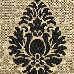 Indoor/ Outdoor St. Barts Sand/ Black Rug (6'7 x 9'6)