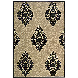 Indoor/ Outdoor St. Barts Sand/ Black Rug (7'10 x 11')