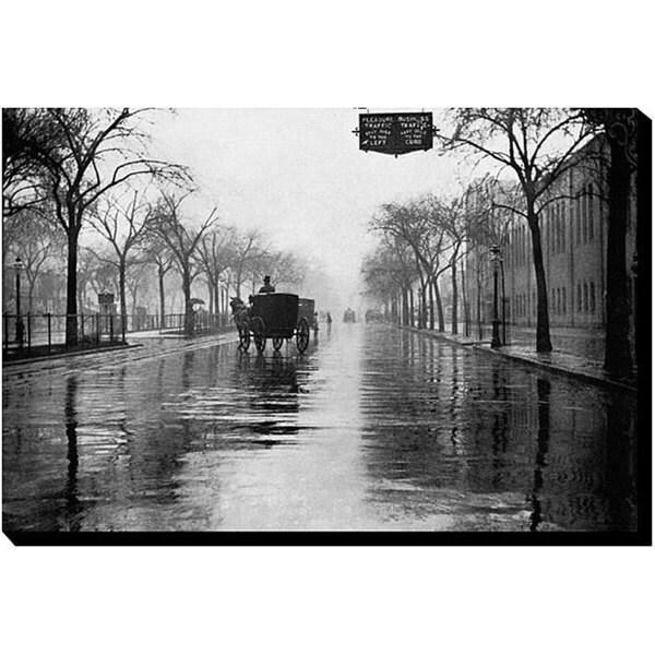 'Rainy Day New York' Canvas Art 5782635
