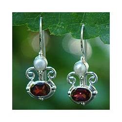 Silver 'Sunrise Spirit' Garnet and Pearl Earrings (Indonesia)