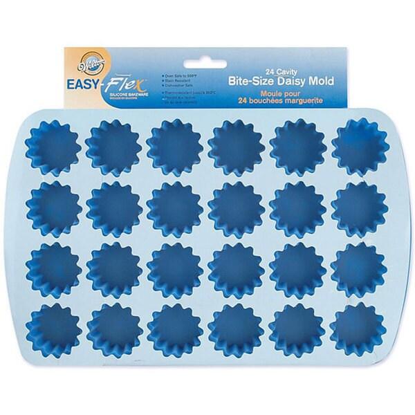 Wilton Easy-flex Silicone Bite-size 24-cavity Daisy Mold