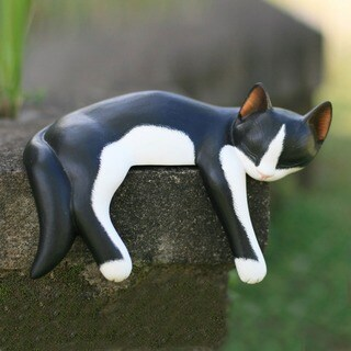Handmade Wood Snoozing Tuxedo Cat Statuette (Indonesia)