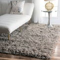 Hand-woven Alexa Flokati Wool Shag Rug (3&#39; x 5&#39;)