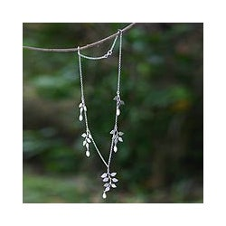 Sterling Silver 'Cloud Forest' FW Pearl Necklace (Indonesia)