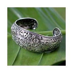 'Sweet Jasmine' Sterling Silver Cuff Bracelet (Thailand)