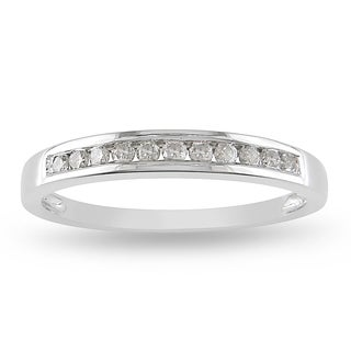 Miadora 10k White Gold 1/4ct TDW Diamond Channel Band (J-K, I2-I3)