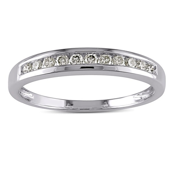 Miadora 10k White Gold 1/4ct TDW Diamond Channel Wedding Band (J-K, I2-I3)
