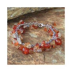 'Ginger Swing' Carnelian Beaded Bracelet (Thailand)