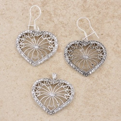 Sterling Silver Cubic Zirconia Heart Jewelry Set (Thailand)