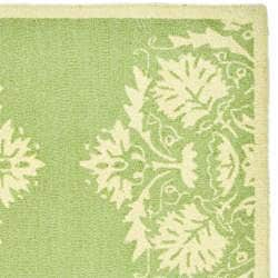 Hand-hooked Motifa Light Green Wool Runner (2'6 x 12')