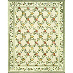 Hand-hooked Garden Trellis Ivory Wool Rug (7'9 x 9'9)