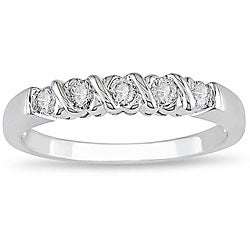 Miadora 10k White Gold 1/4ct TDW Diamond Anniversary Ring (H-I, I2-I3)