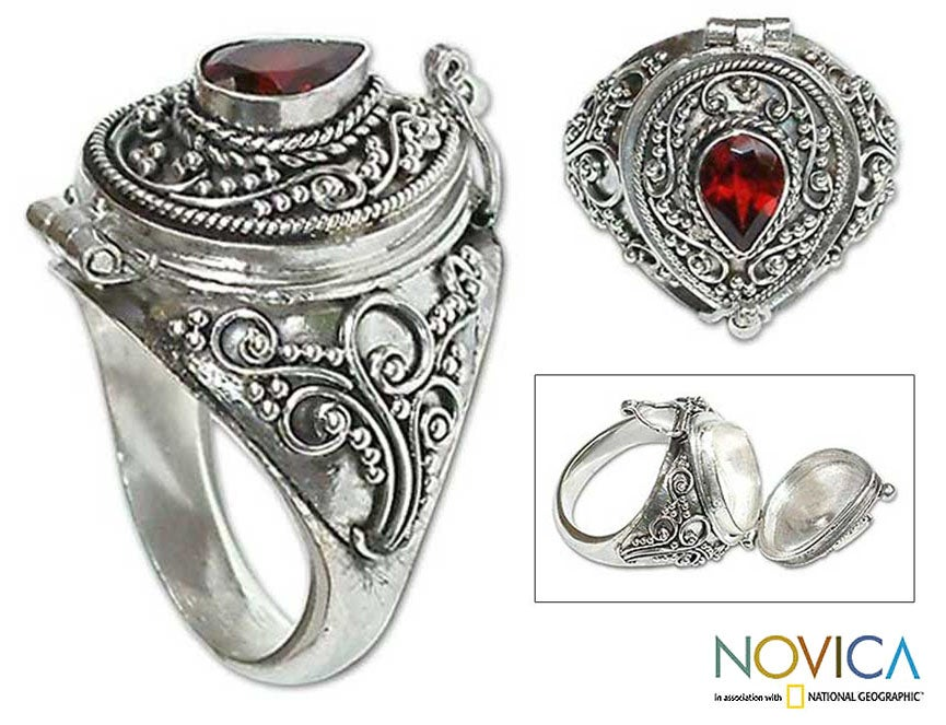 Garnet Solitaire Locket 'Secret Love' Ring (Indonesia)