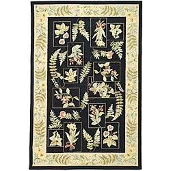Hand-Hooked Garden Black Floral Wool Rug (6' x 9')