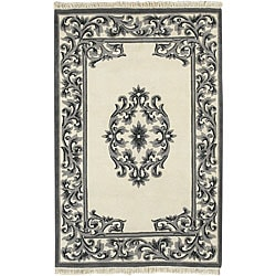 Hand-knotted Ivory New Zealand Wool Bengal Rug (3'6 x 5'6)