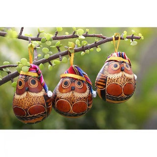 Set of 6 Mate Gourd 'Christmas Owls' Ornaments (Peru)