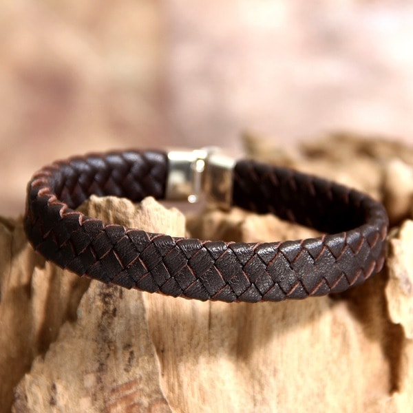 Men's Leather 'Steadfast' Bracelet (Indonesia)