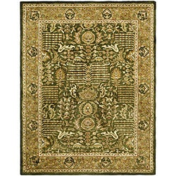 Handmade Classic Light Green/ Gold Wool Rug (5' x 8')