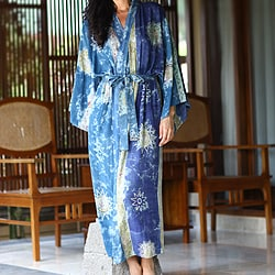 Women's 'Blue Welcome' Batik Robe (Indonesia)