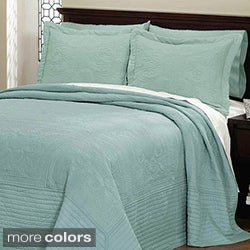 Vibrant Solid-colored Cotton Quilted French Tile Bedspread