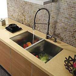 VIGO Dual Function Stainless Steel Pull-Out Spray Kitchen Faucet