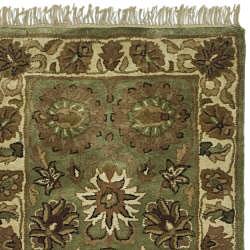 Safavieh Handmade Heirloom Green/ Ivory Wool Runner (2'3 x 12')