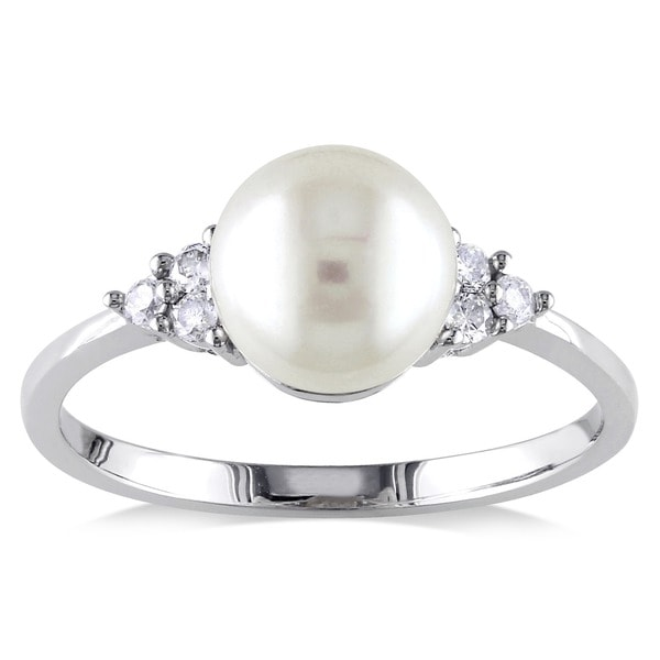 Miadora 10k White Gold Cultured Freshwater Pearl and 1/8ct TDW Diamond Ring (7.5-8 mm) 6882637
