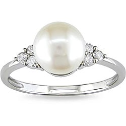 Miadora 10k Gold FW Pearl and 1/8ct TDW Diamond Ring (7.5-8 mm) (H-I, I2-I3)