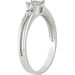 Miadora 10k White Gold 1/4ct TDW Princess and Baguette Diamond Ring (H-I, I1-I2)