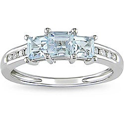 Miadora 10k White Gold Aquamarine and 1/10ct TDW Diamond Ring (H-I, I2-I3)