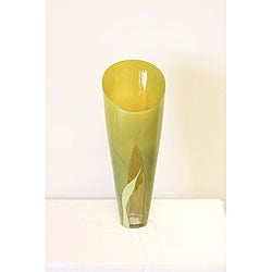 Hand-blown 21.2-inch Luscious Lime Glass Vase