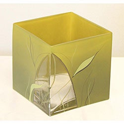 Hand-blown 5.6-inch Luscious Lime Glass Vase