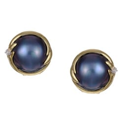 Kabella 14k Gold Mabe Pearl and 1/10ct TDW Diamond Earrings (I, I3) (13 mm)