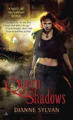 Queen of Shadows (Paperback)