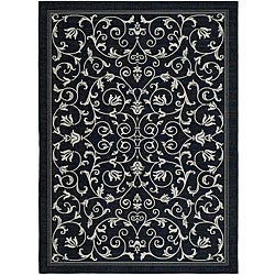 Indoor/ Outdoor Resorts Black/ Sand Rug (4' x 5'7)