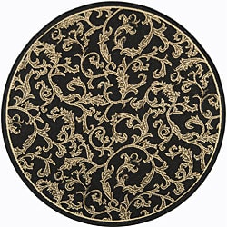Safavieh Indoor/ Outdoor Mayaguana Black/ Sand Rug (6'7 Round)