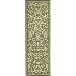 Safavieh Indoor/ Outdoor Resorts Olive/ Natural Runner (2'4 x 9'11)